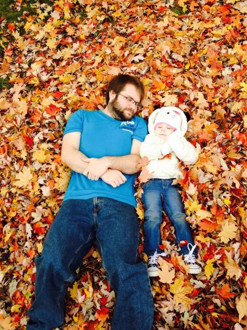 10-19-14 hrh & daddy n the leaves